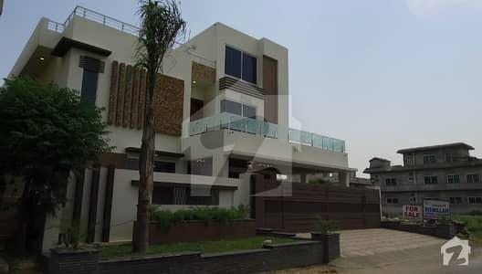 ای ۔ 11 اسلام آباد میں 8 کمروں کا 1 کنال مکان 2.7 لاکھ میں کرایہ پر دستیاب ہے۔