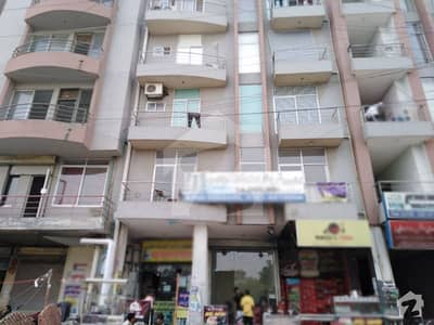 5th Floor Flat For Sale In Johar Town Phase 2 - Block H3