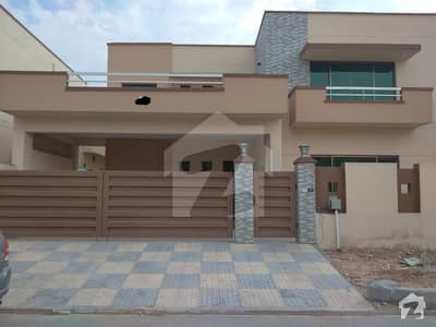 Single Unit Brigadier House 16 Marla Is Available In Askari 14