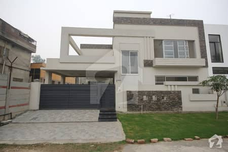10 MARLA Double Unit HOUSE For Sale IN DHA Phase 6 Near Park AND Commerical