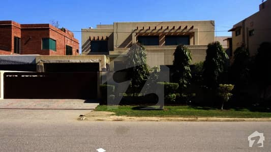 1 Kanal House For Sale In Y Block Of Dha Phase 3 Lahore