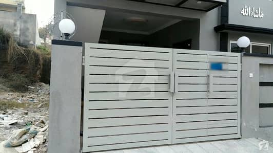 New Strong Built House 25x50 5 Marla For Sale
