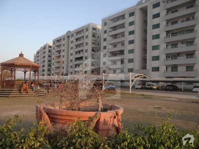 4 Bed  Speacial Apartment 3300SqFt with 600Ft Terress in Askari 11 For Sale