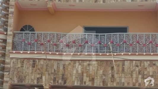 مجاہد کالونی لیاقت آباد کراچی میں 8 کمروں کا 7 مرلہ مکان 3 لاکھ میں کرایہ پر دستیاب ہے۔