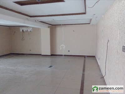 DHA Defence 8 Marla Commercial Ground Floor Mezzanine Available For Rent At Excellent Location
