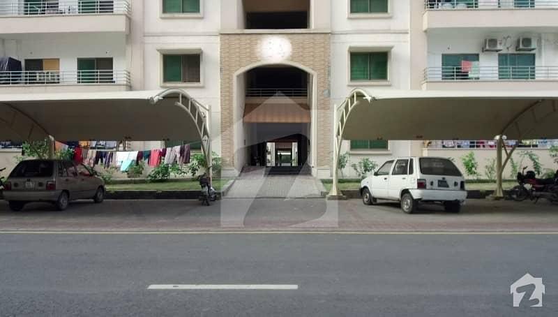 عسکری 11 عسکری لاہور میں 3 کمروں کا 10 مرلہ فلیٹ 1.3 کروڑ میں برائے فروخت۔