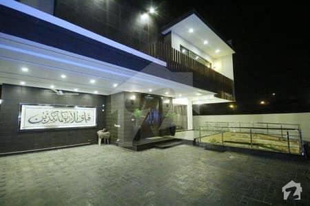 ڈی ایچ اے فیز 5 ڈیفنس (ڈی ایچ اے) لاہور میں 5 کمروں کا 1.1 کنال مکان 3.15 لاکھ میں کرایہ پر دستیاب ہے۔