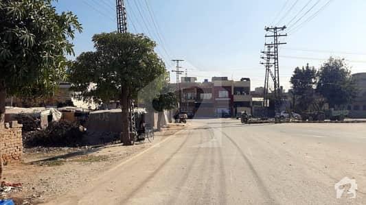 جوہر ٹاؤن فیز 2 - بلاک پی جوہر ٹاؤن فیز 2 جوہر ٹاؤن لاہور میں 1 کنال رہائشی پلاٹ 5.5 کروڑ میں برائے فروخت۔