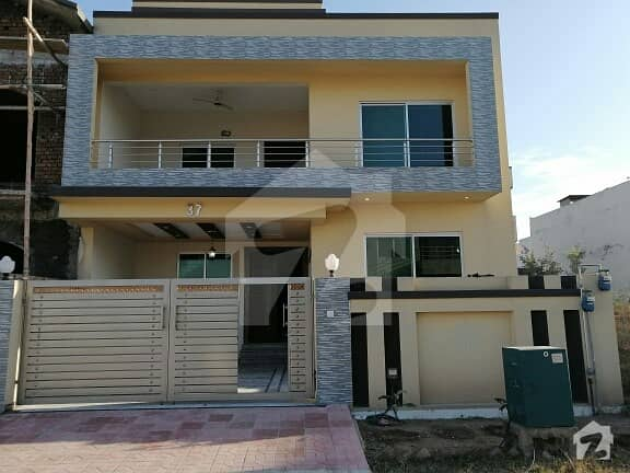 D-17 Mvhs 30x70 Brand New House 2nd Corner For Sale At Main Road