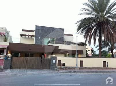 Complete Seprate Ground Portion Available for rent in Gulraiz