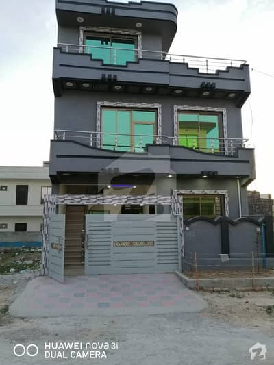 HAJI CAPM FRONT HOUSE GOOD LOCATION I143 DOUBEL STORY