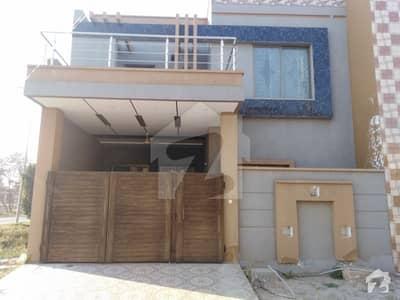 ایڈن ایگزیکیٹو ایڈن گارڈنز فیصل آباد میں 3 کمروں کا 5 مرلہ مکان 85 لاکھ میں برائے فروخت۔