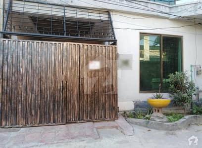 ڈیفینس چوک ڈی ایچ اے ڈیفینس لاہور میں 3 کمروں کا 3 مرلہ مکان 85 لاکھ میں برائے فروخت۔