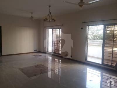 عسکری ٹاور 1 ڈی ایچ اے ڈیفینس فیز 2 ڈی ایچ اے ڈیفینس اسلام آباد میں 3 کمروں کا 12 مرلہ فلیٹ 1.8 کروڑ میں برائے فروخت۔