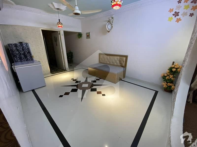 Furnished Flat   135 Sq Yd 3 Bedroom + Hall  Drawing Room