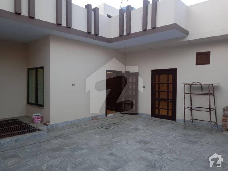 ایڈن گارڈنز فیصل آباد میں 4 کمروں کا 8 مرلہ مکان 1.8 کروڑ میں برائے فروخت۔