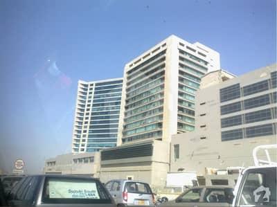 کلفٹن ۔ بلاک 4 کلفٹن کراچی میں 1.3 کنال دفتر 11.5 لاکھ میں کرایہ پر دستیاب ہے۔