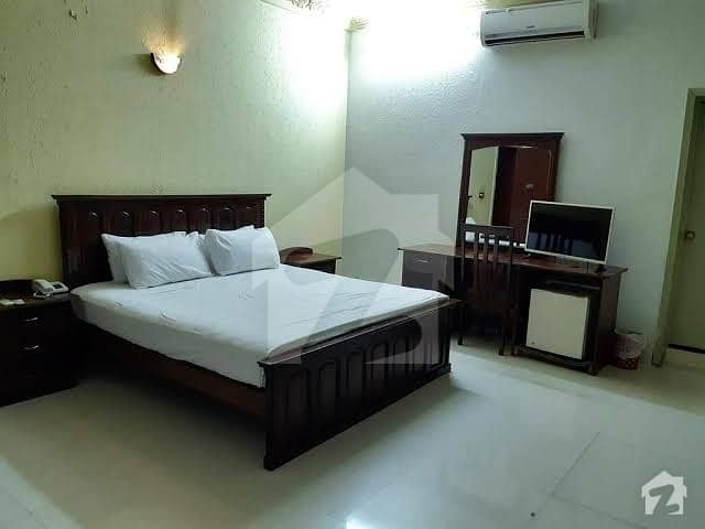 Fully Furnished Room AC WiFi Geyser Include Is Available For Rent
