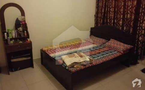 ماڈل ٹاؤن ۔ بلاک کیو ماڈل ٹاؤن لاہور میں 1 کمرے کا 5 مرلہ کمرہ 12 ہزار میں کرایہ پر دستیاب ہے۔
