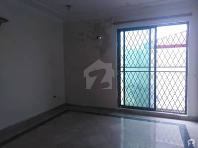 2 Kanal Well Maintained House Is Available For Rent