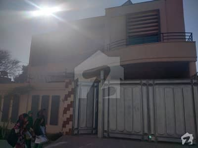 10 Marla House Is Available For Rent In Fareed Nagar Road