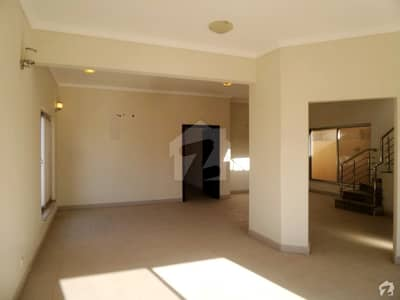 A Ready To Move Villa Is Available For Sale Located On A Prime Location Of Precinct 31 Bahria Karachi Town