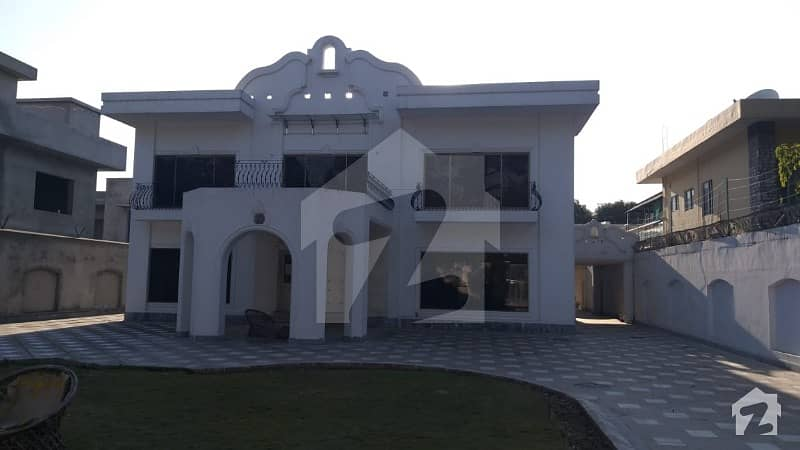 6 Bedrooms Very Beautiful House For Rent