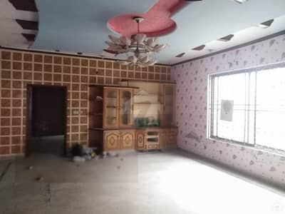 2.5 Kanal Well Maintained House Is Available For Rent