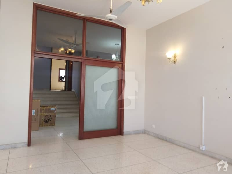 First Floor Exclusive Portion With Separate Entrance Best For Foreigners And Corporate Clients