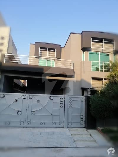 10 Marla House Excellent Condition For Sale