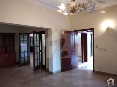 Near Park Lavish Design House For Rent At Prime Location