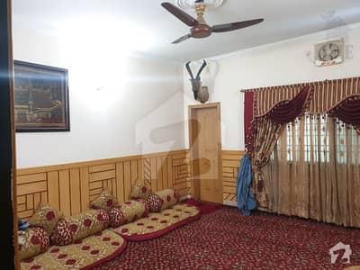 گرین ٹاؤن کوئٹہ میں 5 کمروں کا 8 مرلہ مکان 3.3 کروڑ میں برائے فروخت۔