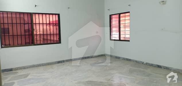 فریرے ٹاؤن کراچی میں 3 کمروں کا 13 مرلہ فلیٹ 80 ہزار میں کرایہ پر دستیاب ہے۔