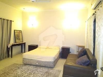 سوئی گیس سوسائٹی فیز 1 سوئی گیس ہاؤسنگ سوسائٹی لاہور میں 1 کمرے کا 1 کنال کمرہ 25 ہزار میں کرایہ پر دستیاب ہے۔
