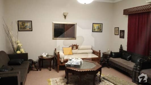 Ideal Town House For Sale At Khalid Bin Waleed Road