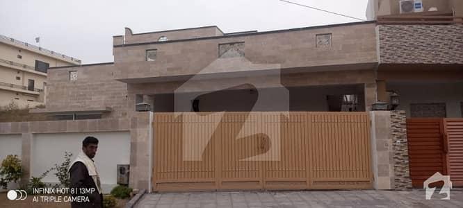 ڈی ایچ اے فیز 2 - سیکٹر جی ڈی ایچ اے ڈیفینس فیز 2 ڈی ایچ اے ڈیفینس اسلام آباد میں 5 کمروں کا 1 کنال مکان 95 ہزار میں کرایہ پر دستیاب ہے۔