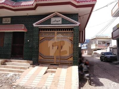 گلستانِ سجاد حیدر آباد میں 6 کمروں کا 6 مرلہ مکان 1 کروڑ میں برائے فروخت۔