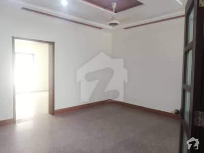 9 Marla House For Rent In Safari Villas Sector B Bahria Town Lahore