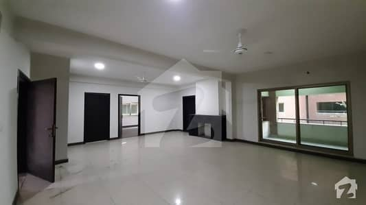 7 Marla Flat For Sale On Faisal Town Main Boulevard Lahore