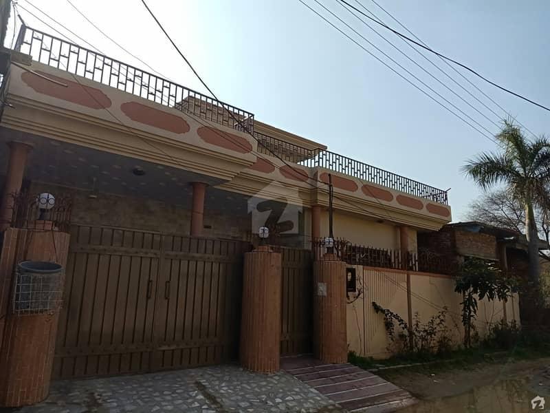 دارالسلام کالونی گجرات میں 3 کمروں کا 13 مرلہ مکان 1.5 کروڑ میں برائے فروخت۔