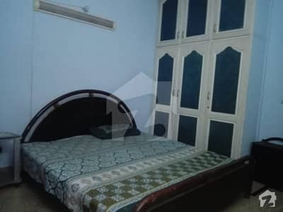 Single Room For Student In Reasonable price