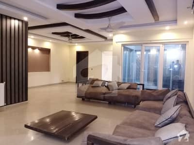 1 Kanal Furnished Bungalow For Rent daily and monthly basic also
