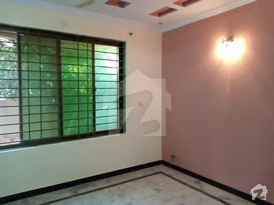 کورنگ ٹاؤن اسلام آباد میں 5 کمروں کا 6 مرلہ مکان 45 ہزار میں کرایہ پر دستیاب ہے۔
