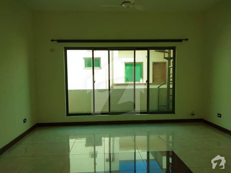 10 Marla House Is Up For Sale In Askari 14