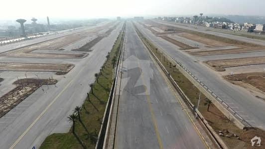 بحریہ ٹاؤن فیز 7 بحریہ ٹاؤن راولپنڈی راولپنڈی میں 1.33 کنال کمرشل پلاٹ 2.3 کروڑ میں برائے فروخت۔
