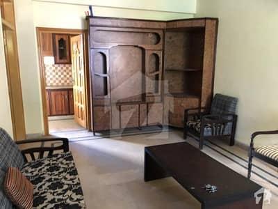مال روڈ مری میں 2 کمروں کا 7 مرلہ بالائی پورشن 75 لاکھ میں برائے فروخت۔