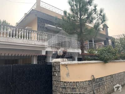 Beautiful Bungalow Available For Rent