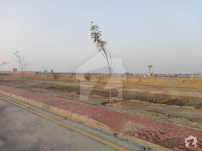 بحریہ ٹاؤن جینیپر بلاک بحریہ ٹاؤن سیکٹر سی بحریہ ٹاؤن لاہور میں 10 مرلہ رہائشی پلاٹ 55 لاکھ میں برائے فروخت۔