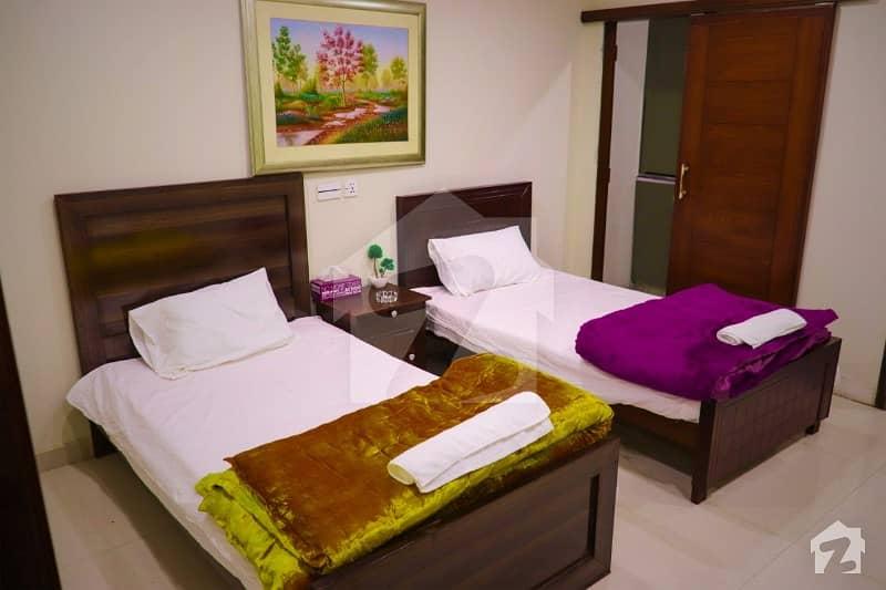 ائیرپورٹ روڈ لاہور میں 2 کمروں کا 8 مرلہ فلیٹ 1.8 لاکھ میں کرایہ پر دستیاب ہے۔
