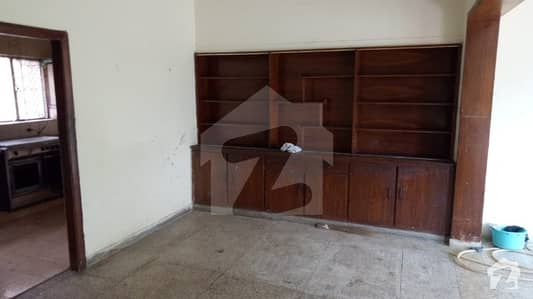 Mint Condition 30x50 House Is Available For Sale In G-10